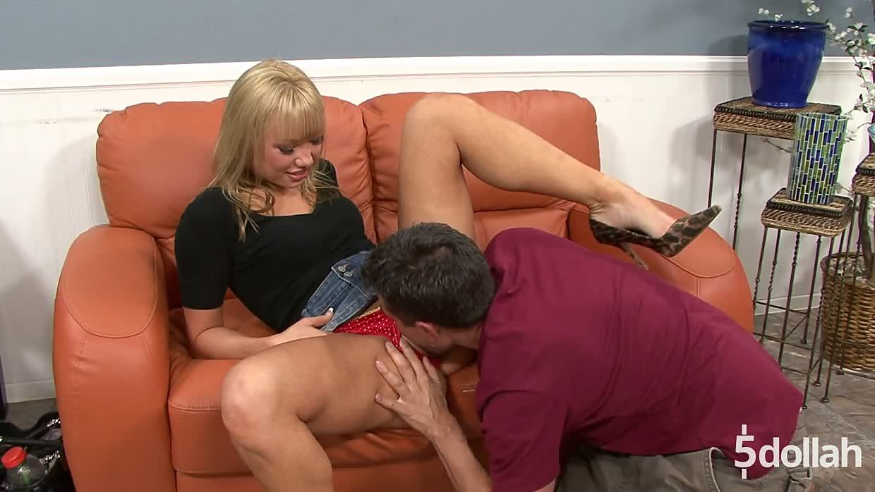 Playful Blonde Maya Hills Gets Her Pussy Filled With Jizz