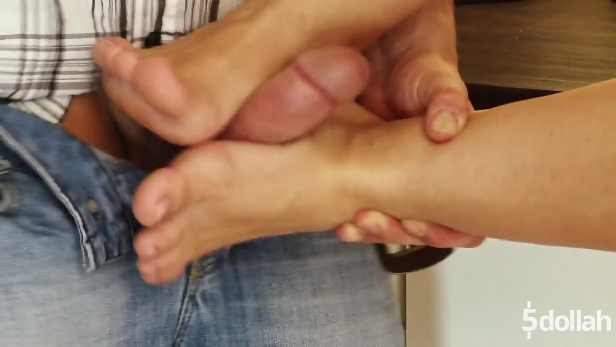 Amazing Footjob And Anal Sex With Scorching Hot Morgan Moon